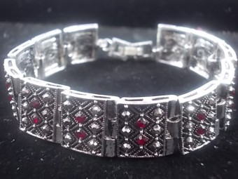 Bratara Marcasite Square Red